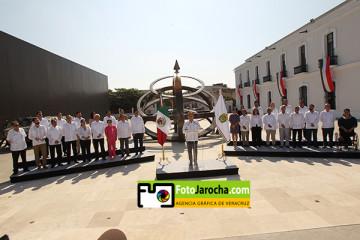 Veracruz, Ver., 30 de noviembre de 2016.- El gobernador Miguel Angel Yunes Linares, presentó al Gabinete Legal y Ampliado este día en el museo naval. /FOTOJAROCHA.COM/ Saúl Ramírez