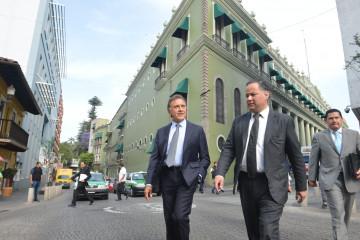 Yunes Linares y  Nieto Castillo