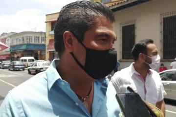 David Velasco cubrebocas