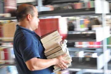 Jesús Palomino bibliotecario